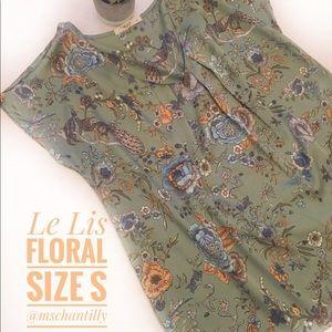 Le Lis NWOT Floral Top Blouse Size S